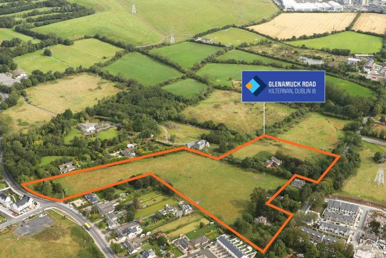 Hooke & MacDonald is guiding in excess of €8.95 million for the lands, which equates to €85,000 per house site, €40,000 per duplex site and €25,000 per apartment site