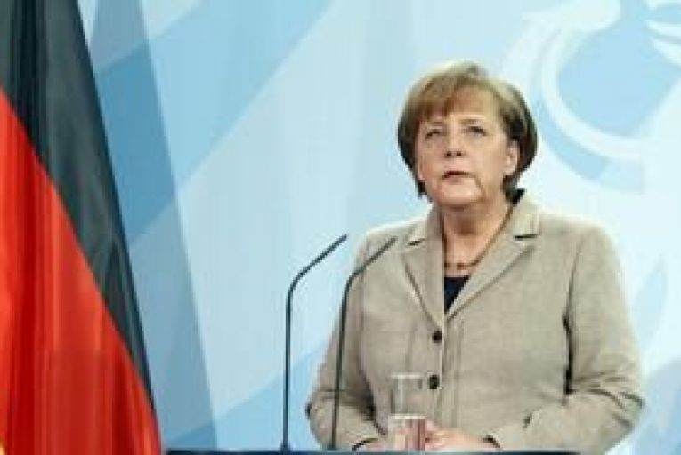 Merkel faces growing criticism from allies over Greece