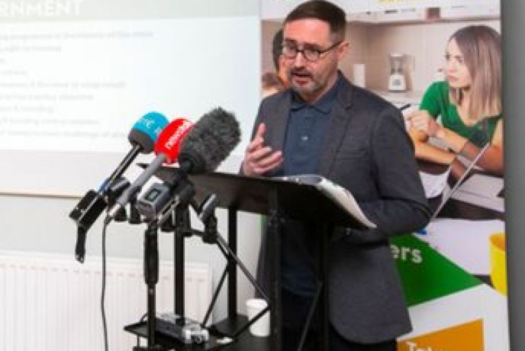Sinn Féin 'would attempt to change constitution to allow rent freeze'