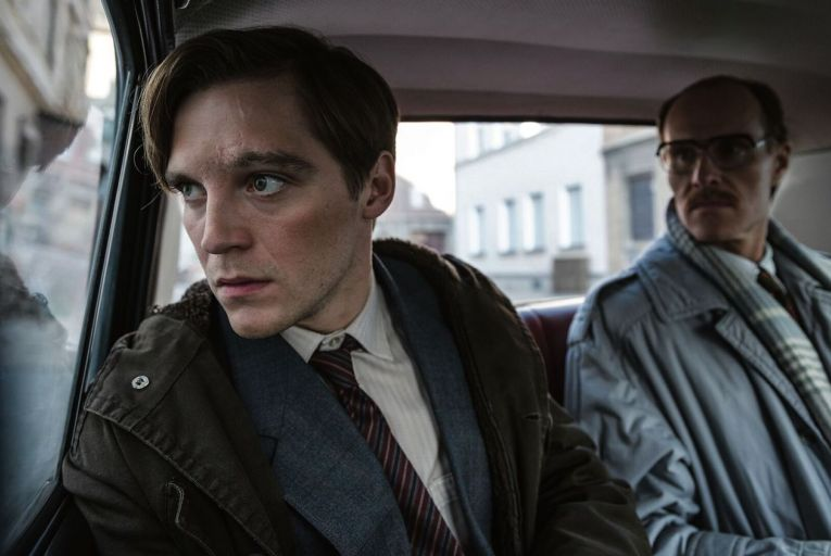 Jonas Nay and Niels Bormann in Deutschland 89 on All4: the entire series is a tour de force