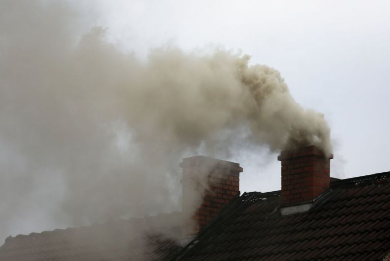 Fears that coal ban is being flouted as pollution levels climb