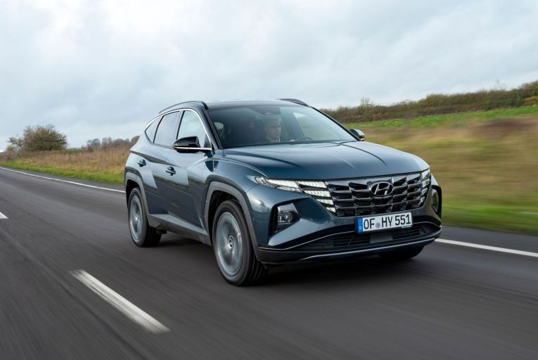 The new Hyundai Tucson hybrid is simply stunning to look at and at a cruise, is just lovely to drive