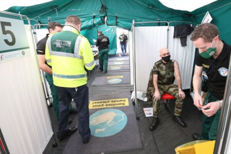 A paramedic gets ready to inject a vaccination into the arm of Irish army company sergeant John Mulvaney in grounds of St Marys Hospital/Nursing Home, Phoenix Park. Picture: Sasko Lazarov/RollingNews.ie