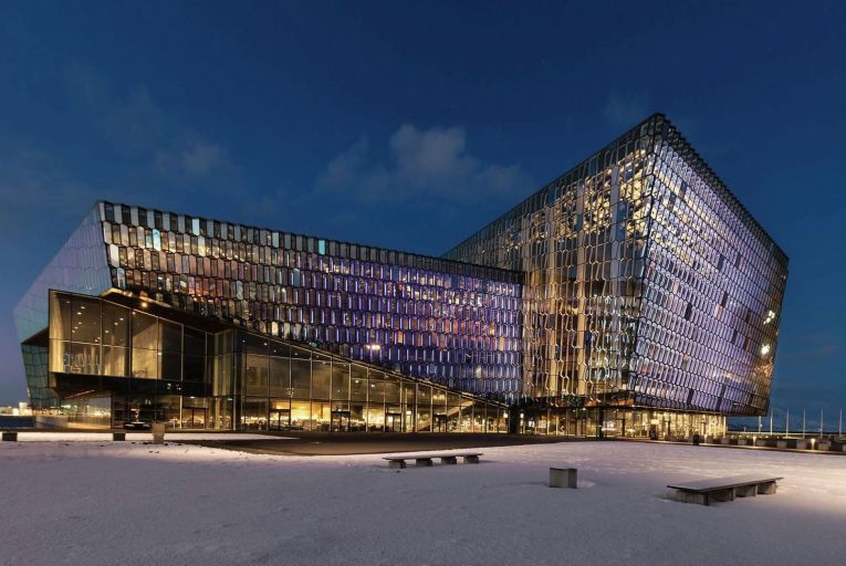 The Harpa in Reykjavik was designed by Henning Larsen Architects and Batteriid Architects, in collaboration with artist and sculptor Olafur Eliasson