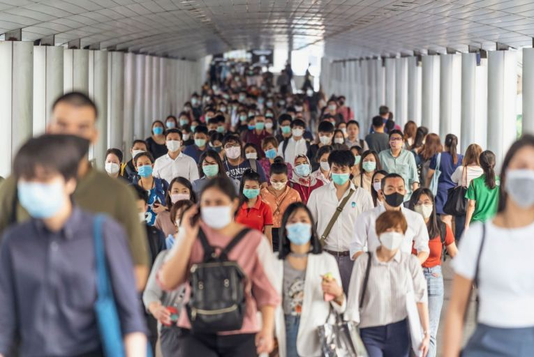 Crowds wear face masks during the Covid-19 outbreak in Bangkok: the world could face a more lethal and contagious virus in the future
