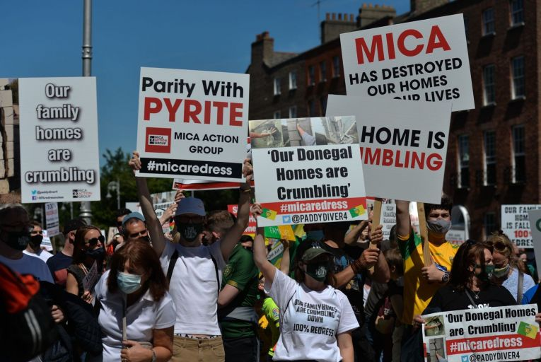 Homeowners from Donegal protesting in Dublin city centre on June 15 about the mica blocks controversy. Picture: Artur Widak/NurPhoto