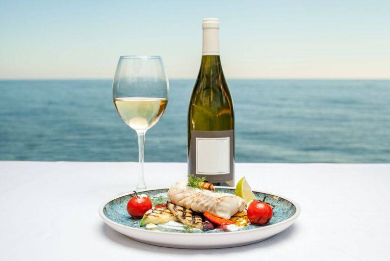 Sea food, drink wine: the best bottles to pair with fish dishes