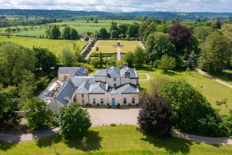 Kilmurry House is an 18th-century listed manor house set on more than 90 acres in Thomastown, Co Kilkenny
