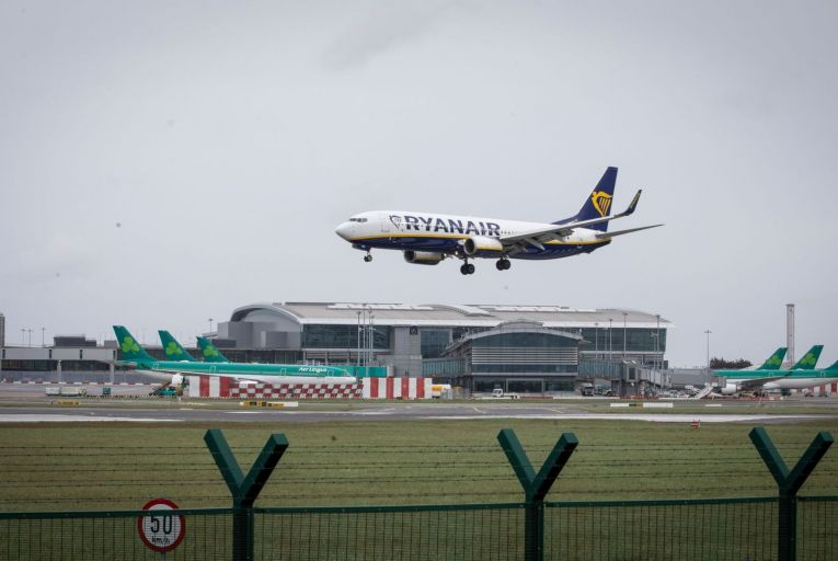 Airline bailout deals should aim to replace planes with trains, Greens tell EU