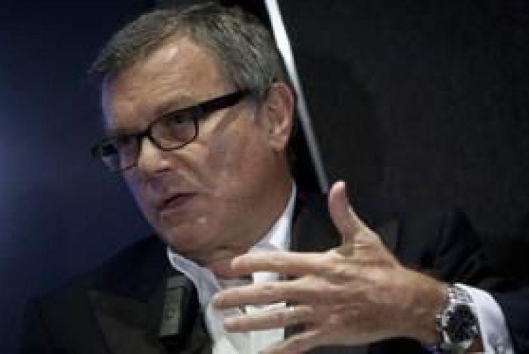 WPP shareholders vote against Sorrell pay
