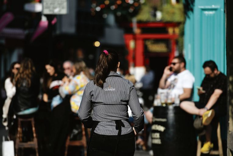 Covid-19: Pubs and restaurants brace themselves for the new reality