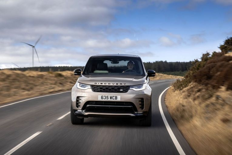 The updated Land Rover Discovery: prices start at €81,010