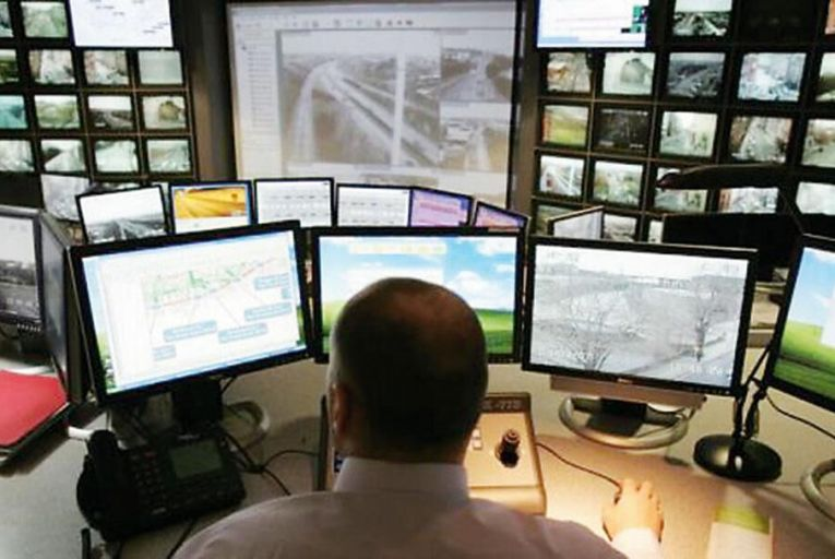 A typical day at the  Dublin Traffic Management  and Incident Centre