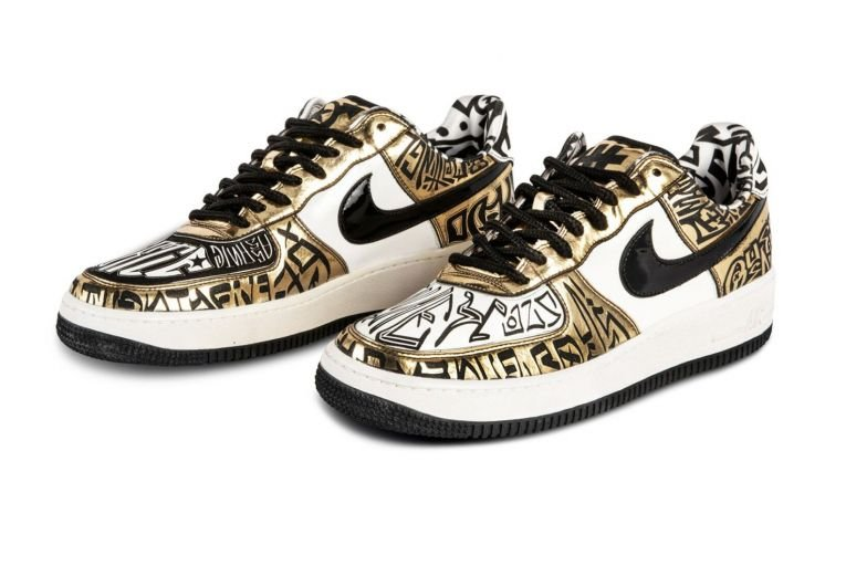 Nike Air Force 1 Entourage x Undefeated x Fukijama Gold sneakers is a 2009 collaboration between Nike and Undefeated in commemoration of the hit HBO television show Entourage