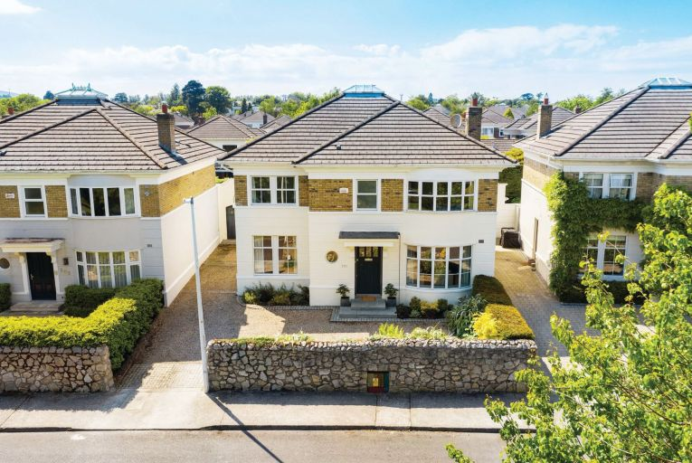 Built by Castlethorn Construction in 1995, No 101 Avoca Park sits in the middle of a row of prestigious homes overlooking Carysfort Park and the side gardens of Liguori House