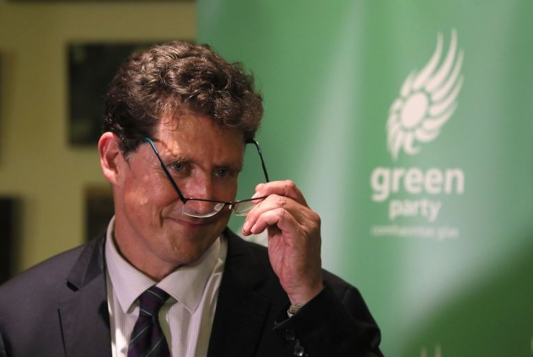 Eamon Ryan: public sector bodies cannot have oil or gas heating in new buildings