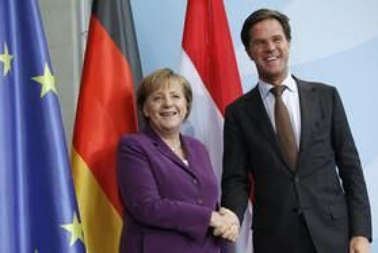 Dutch prime minister and cabinet resigns