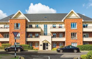 A hat trick of three-bed southside apartments
