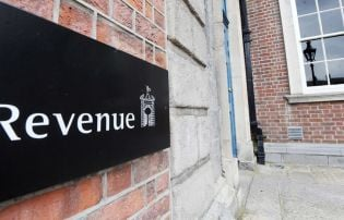 80,000 workers set to lose tax breaks worth up to €750