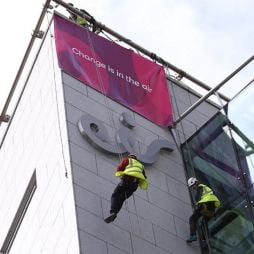 Eir to raise €850m through refinancing