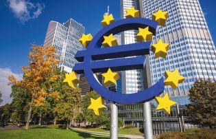Global investors swoop in for €35bn eurozone splurge after ECB pulls back