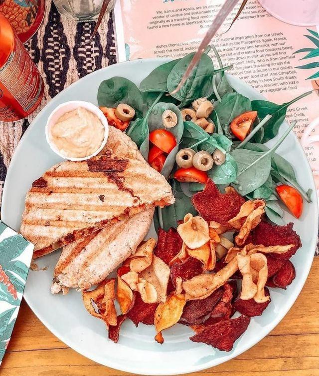 Mediterranean  Pita Pocket (Vegan/Vegetarian)