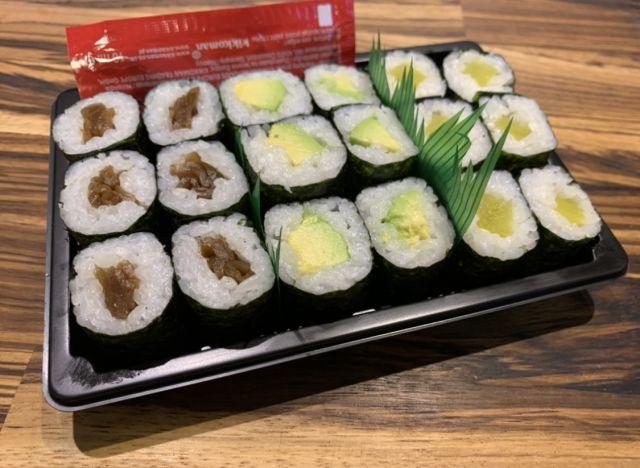 Vegetarian roll selection (V)