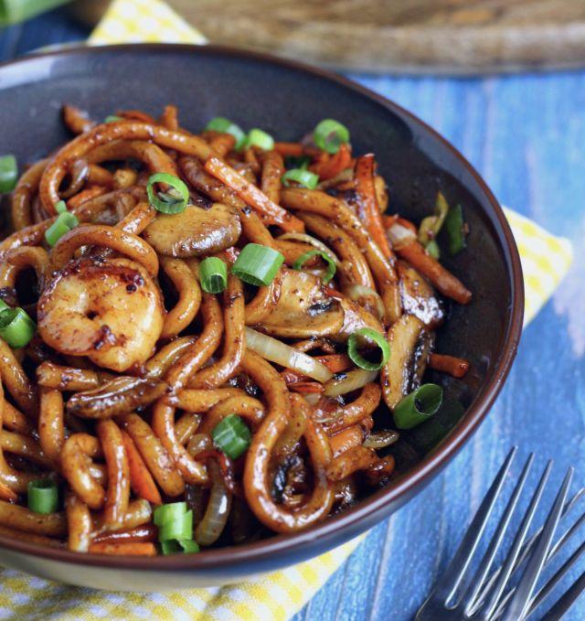 SEASONAL SEAFOOD  fried udon