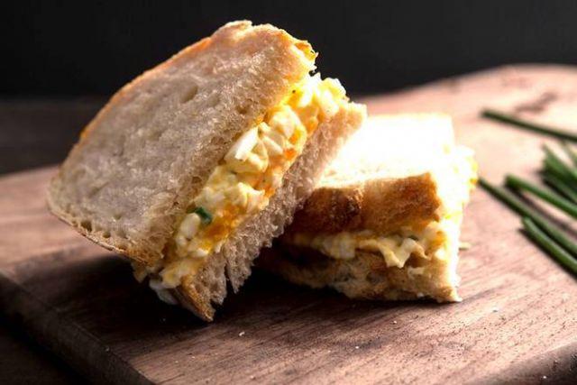 Spar Simply Egg Mayonnaise Sandwich