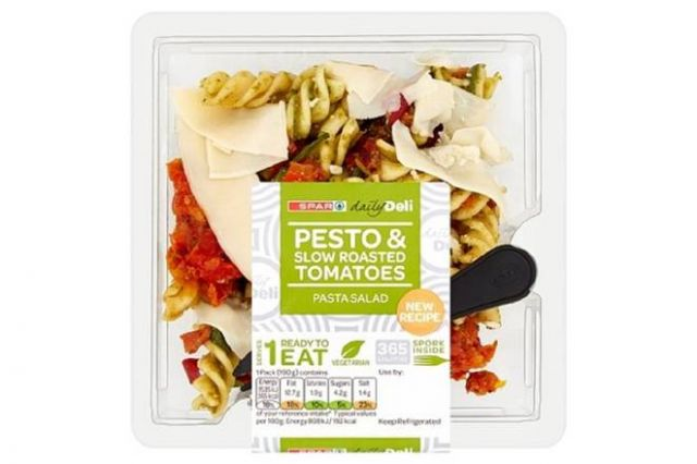 Spar Pesto & Slow Roasted Tomatoes Pasta Salad 190g