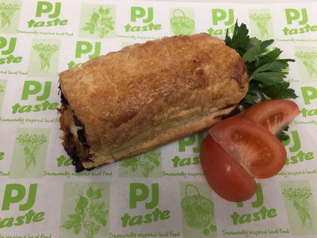 The Happy Pig - Jumbo Sausage Roll