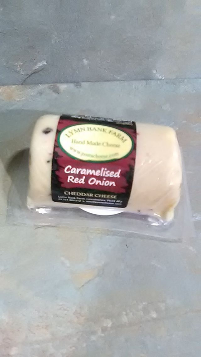 Lymn Bank Cheddar Cheese with Caramelised Onion (145g)
