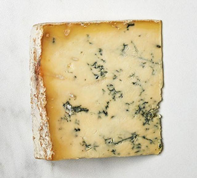 Blue Stilton Cheese (100g)