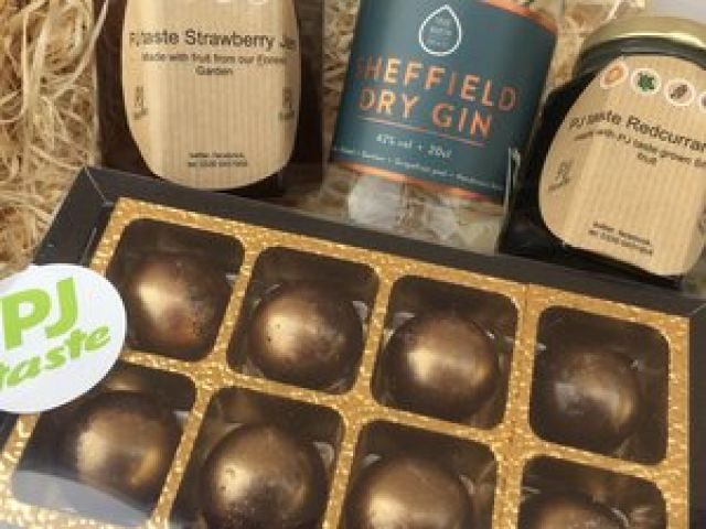 Sheffield Gin And Truffles Gift Pack