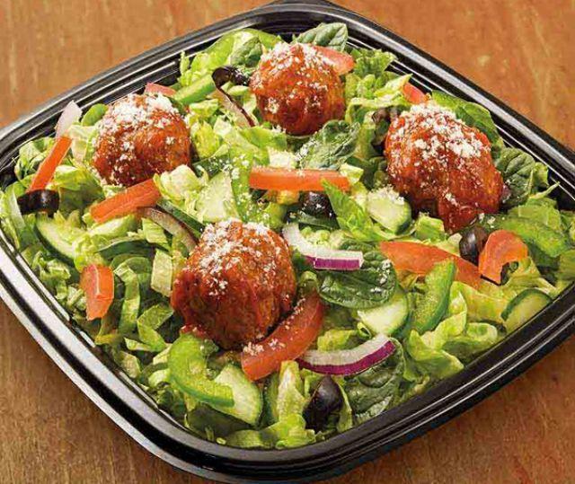 Meatless Meatball Marinara Salad