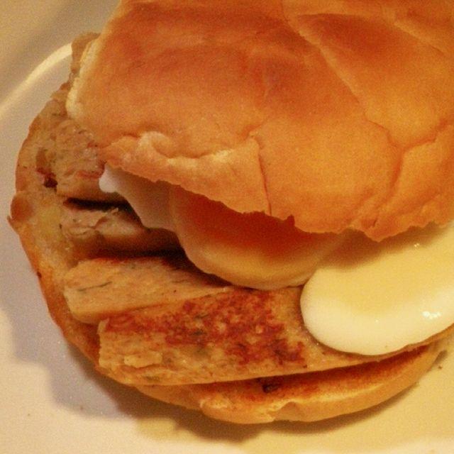 Veggie Sausage & Egg Butty
