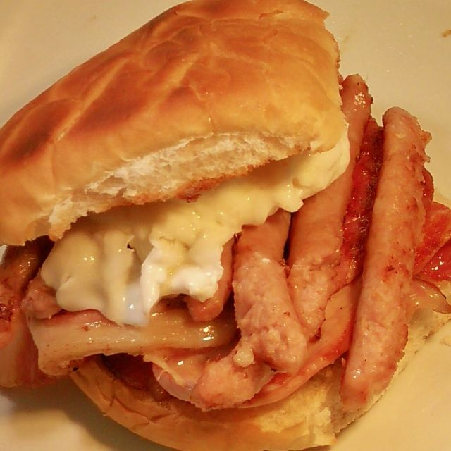Bacon, Sausage & Egg Butty