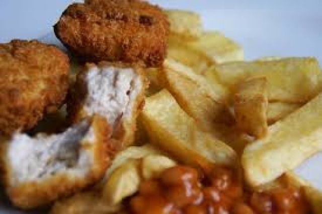 Chicken Nuggets Chips & Beans