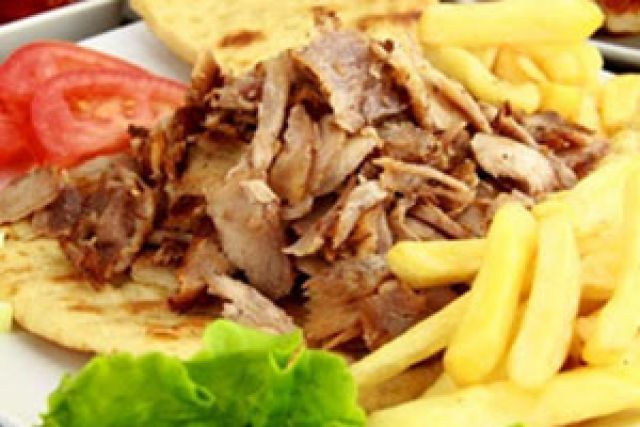 Large Chicken Doner Meat & Fries