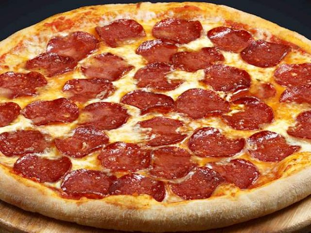 Extra Pepperoni Pizza