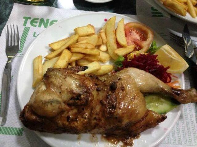 1/2 Chicken Chips & Salad