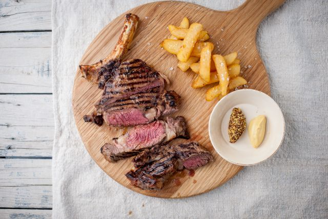 Rib-eye Steak (8 oz)