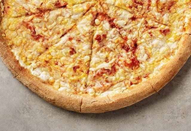 Vegan Cheese & Tomato Pizza