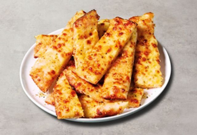 Garlic Sticks with Four Cheeses