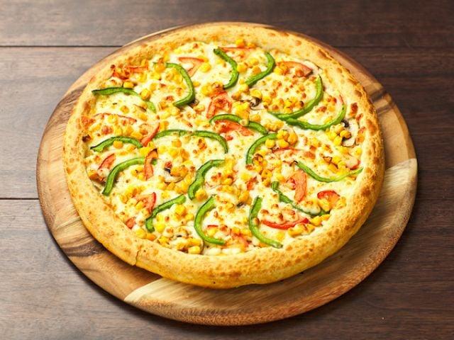 Veggie Cauliflower Crust Pizza