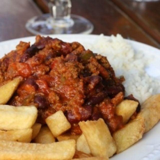 Chilli Con Carne & Chips