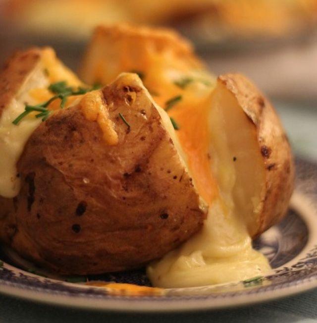 Jacket Potato & Cheese