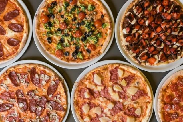 Family Pizza Feast