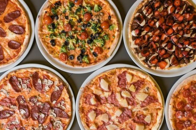 """12"""" Pizza Party Deal"""