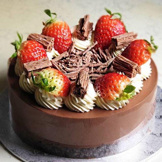 C040 Chocolate Flake Cheesecake